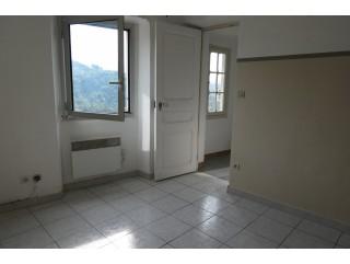 appartement 2 pieces de 27m² à contes